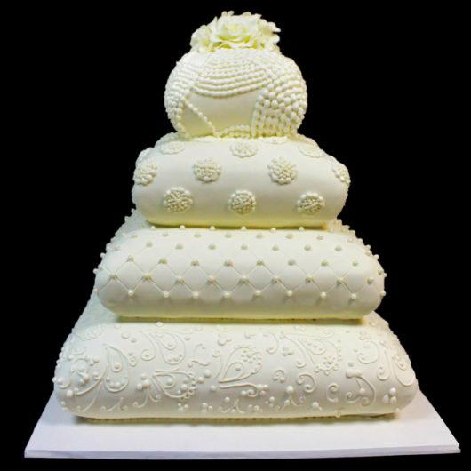 Свадебный торт Цветы на подушках