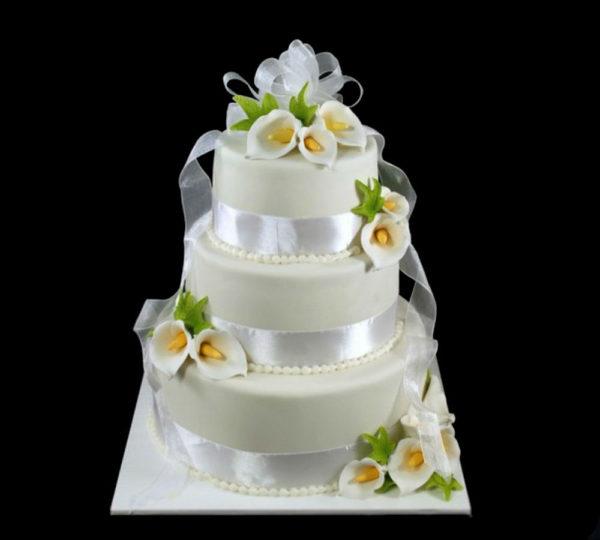 Свадебный торт с Каллами