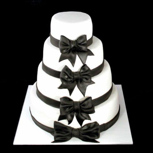 Свадебный торт черно белый