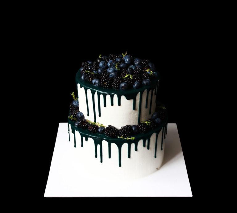 Свадебный торт Черничные ночи