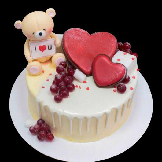Торт мишка и сердца